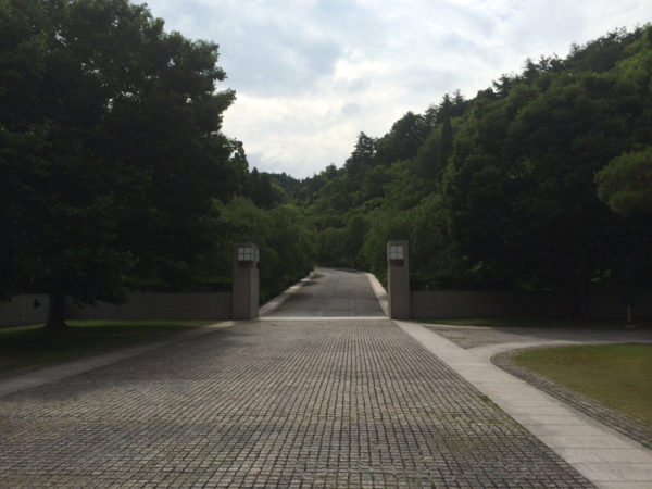 美術館への入り口