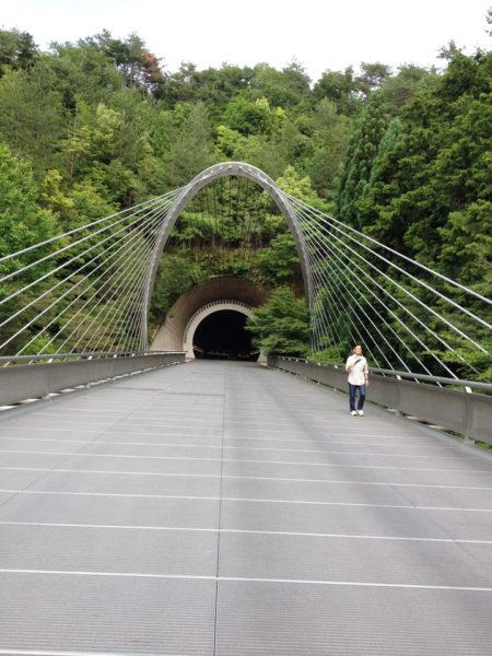 トンネル入り口3